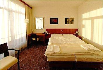 Hotelu Academic Roztoky u Prahy 1