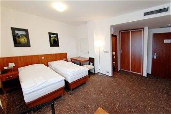 HOTEL ACADEMIC ROZTOKY U PRAHY