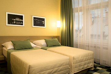 Hotel Amarilis photo 1