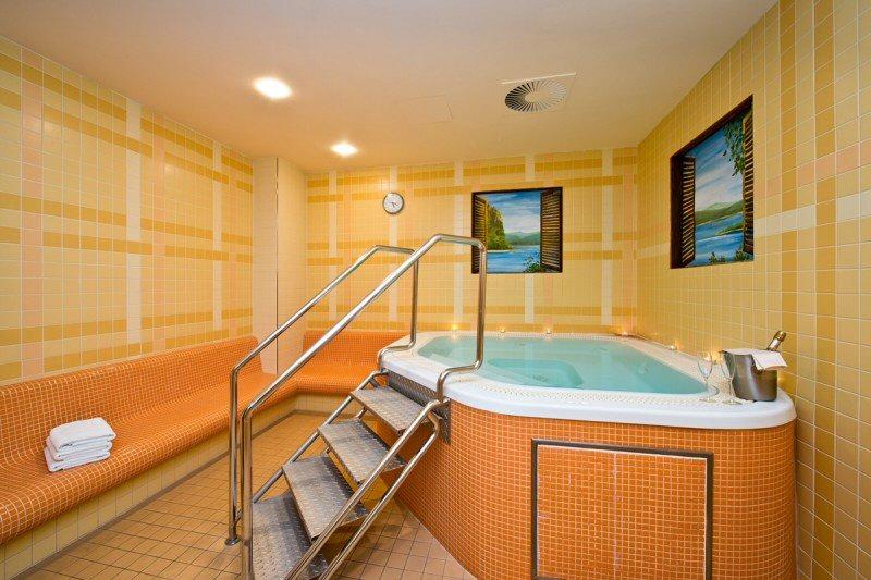 Hotel Amarilis photo 12
