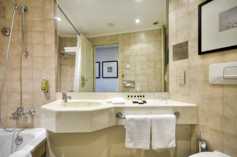 Hotel Corinthia fotografie 4
