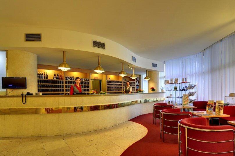 Hotelu Komplex Curie Jáchymov 8