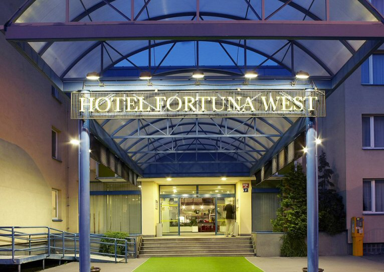 Hotel Fortuna West photo 5