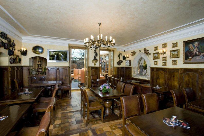 Hotelu Zlatý Strom Praha 10