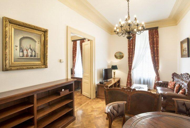Hotelu Zlatý Strom Praha 4