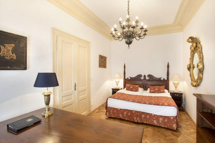 Hotelu Zlatý Strom Praha 6