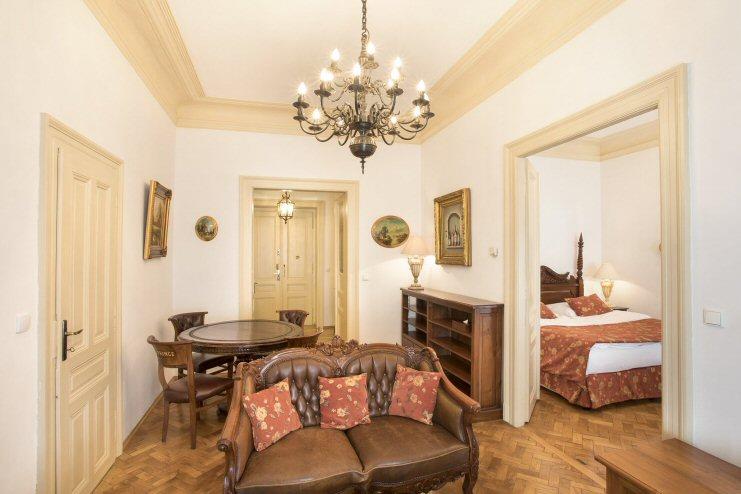 Hotelu Zlatý Strom Praha 7
