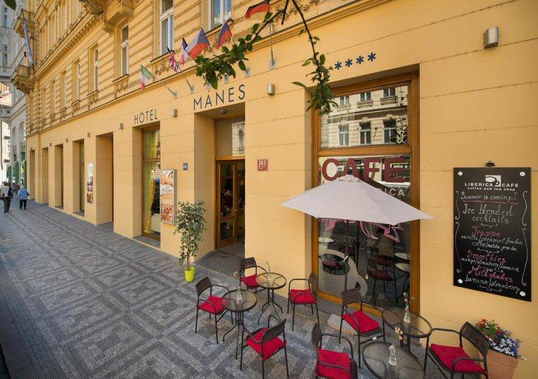 Hotelu EA Mánes Praha 12