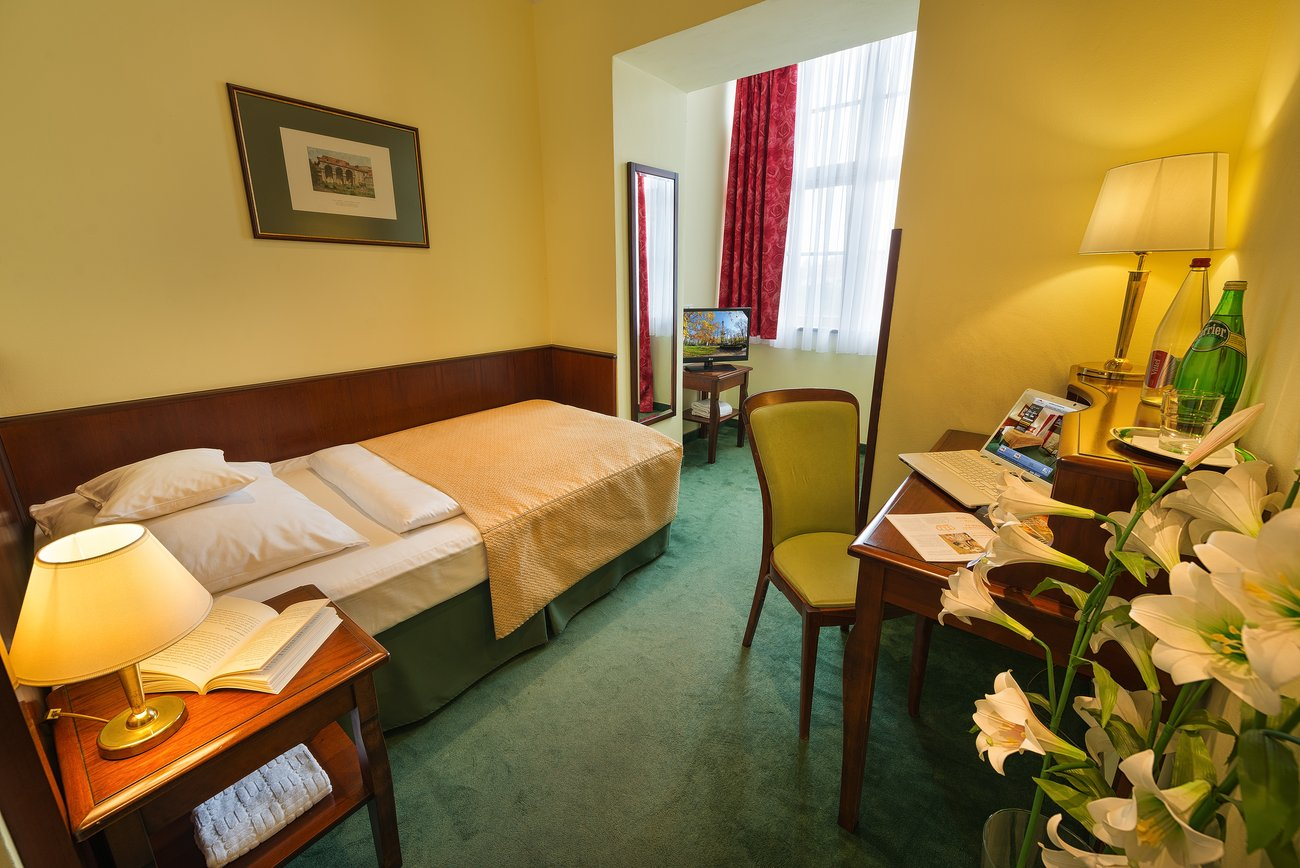 Hotelu EA Jelení Dvůr Praha 10