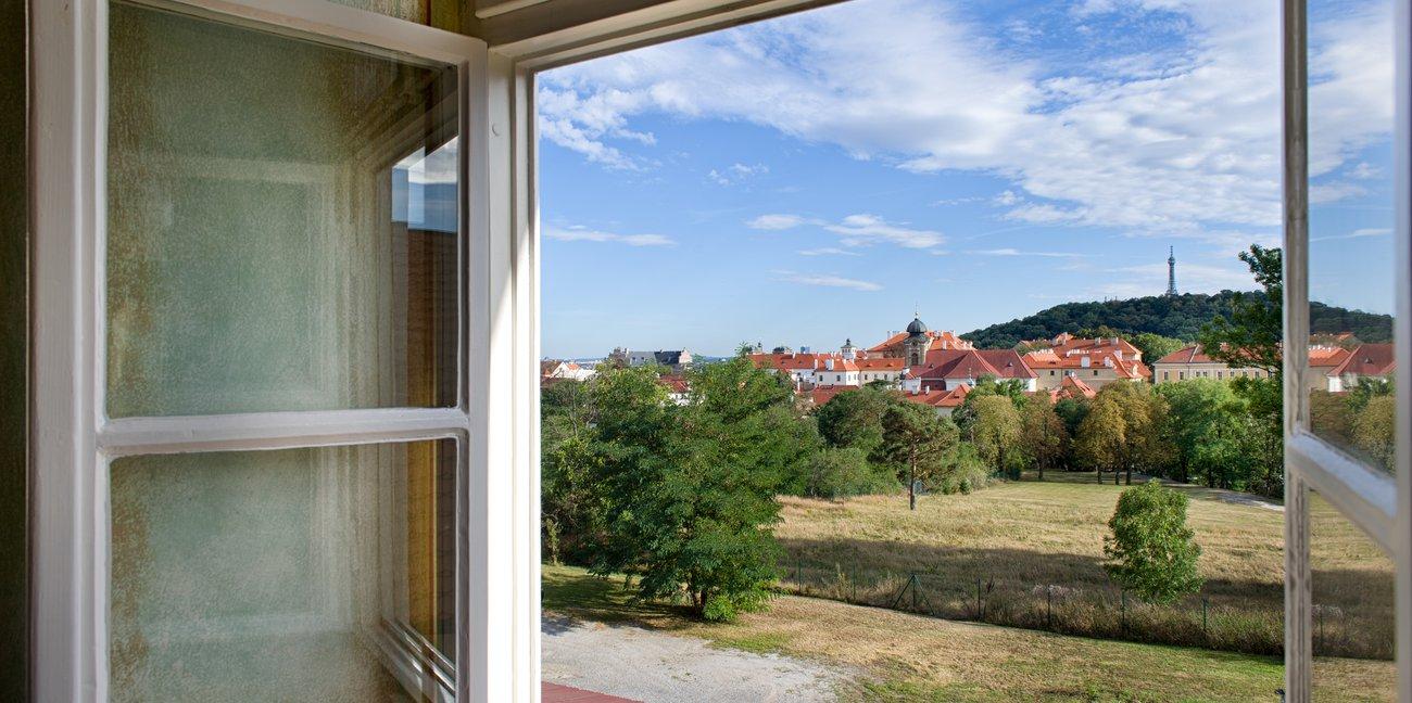 Hotelu EA Jelení Dvůr Praha 11