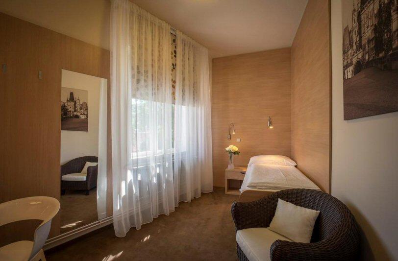 Hotelu Kampa Garden Praha 4
