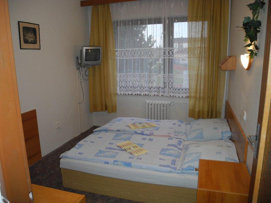HOTEL KRISTL PARDUBICE