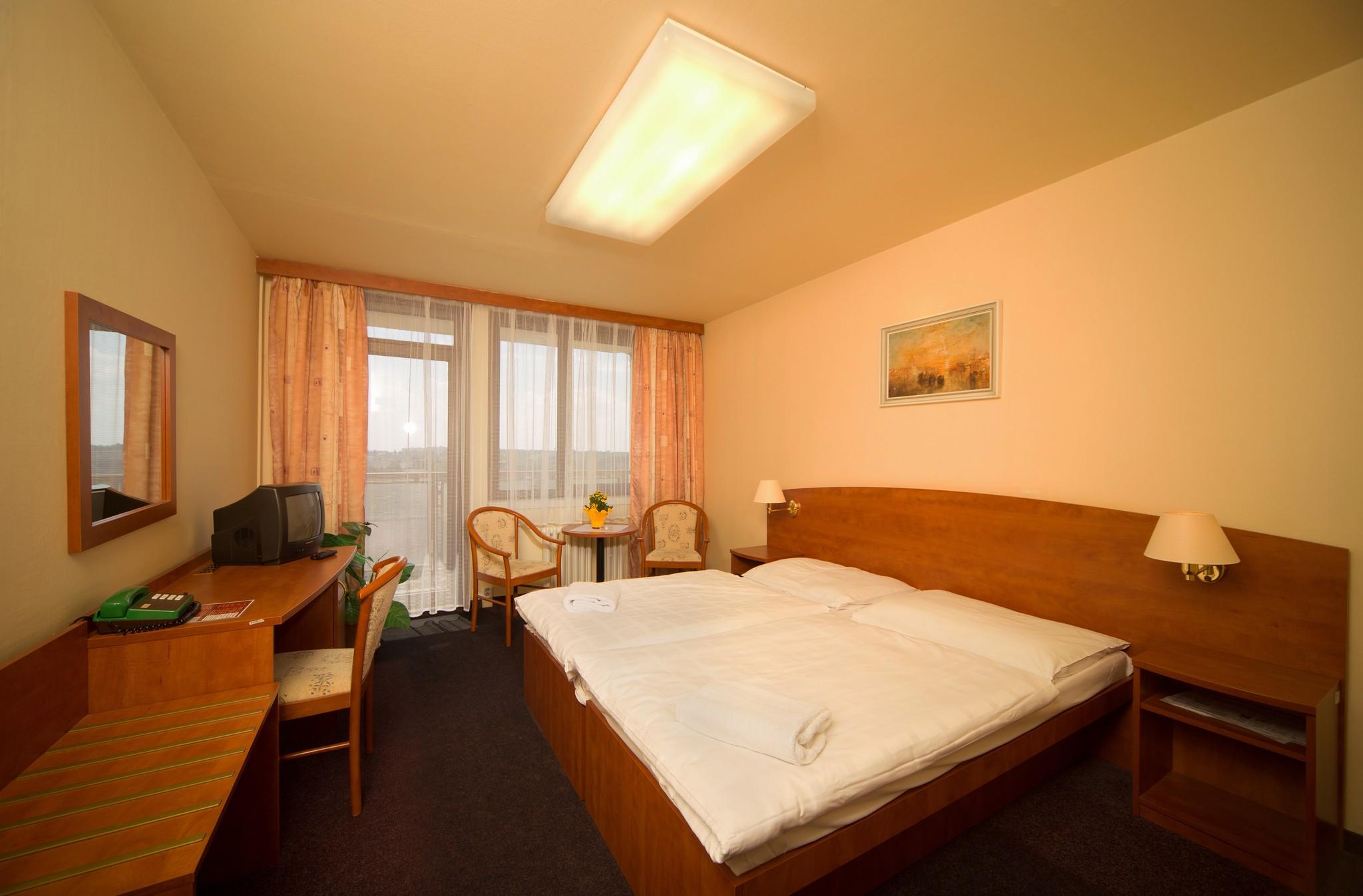 Hotelu Krystal Praha 12