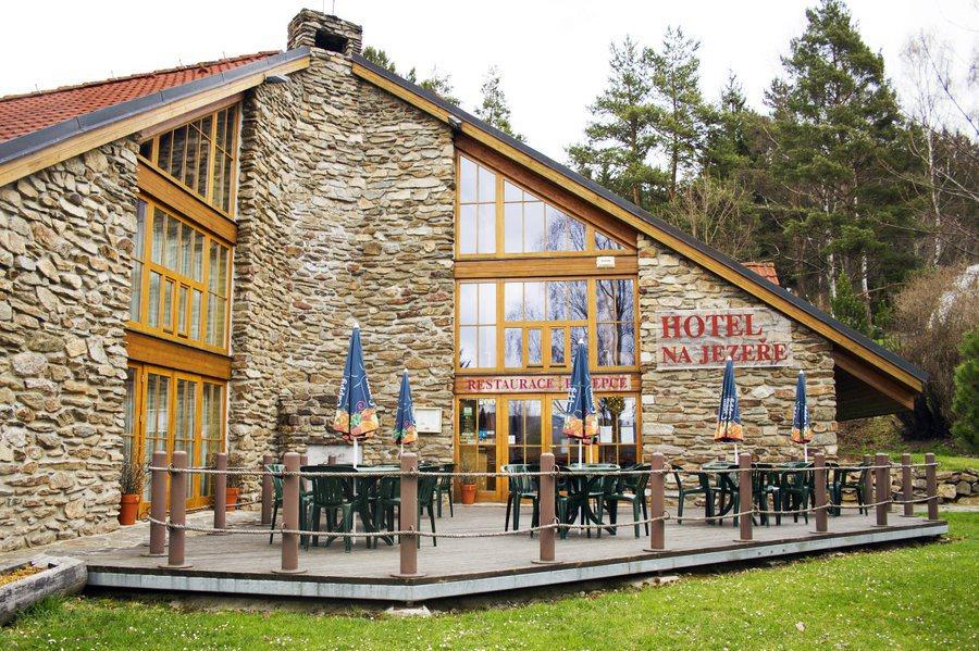 HOTEL NA JEZEŘE HORNÍ PLANÁ