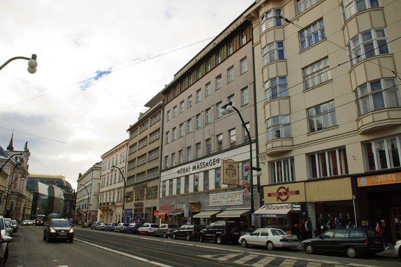 Apartmánu Národní  2 Praha 3