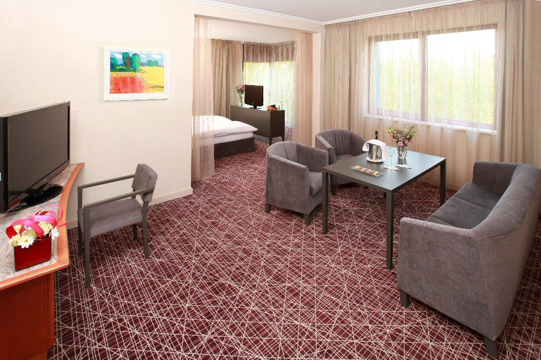 Hotel NH photo 6