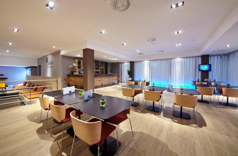 Hotelu Occidental Praha 9