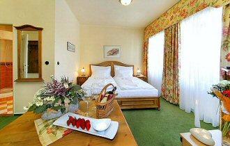 Hotel Praha photo 2