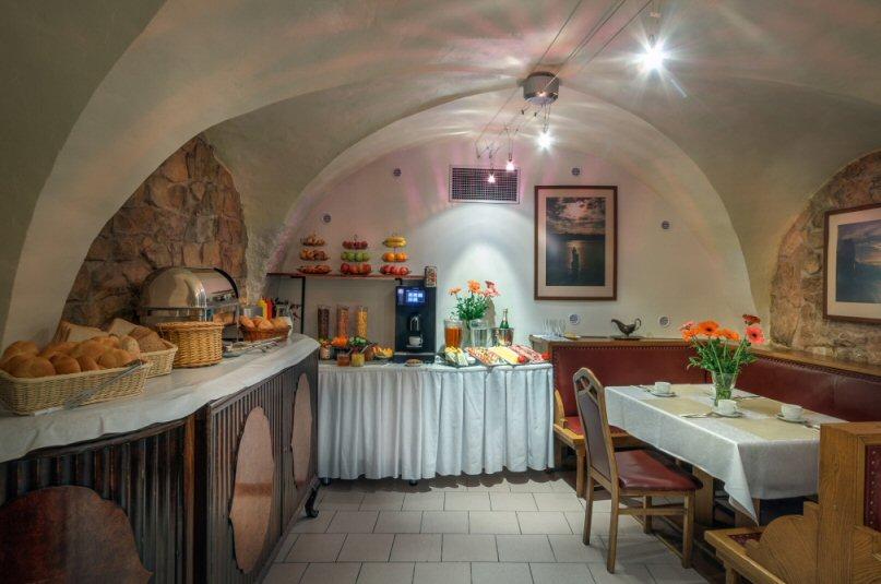 Hotelu Červený Lev Praha 10
