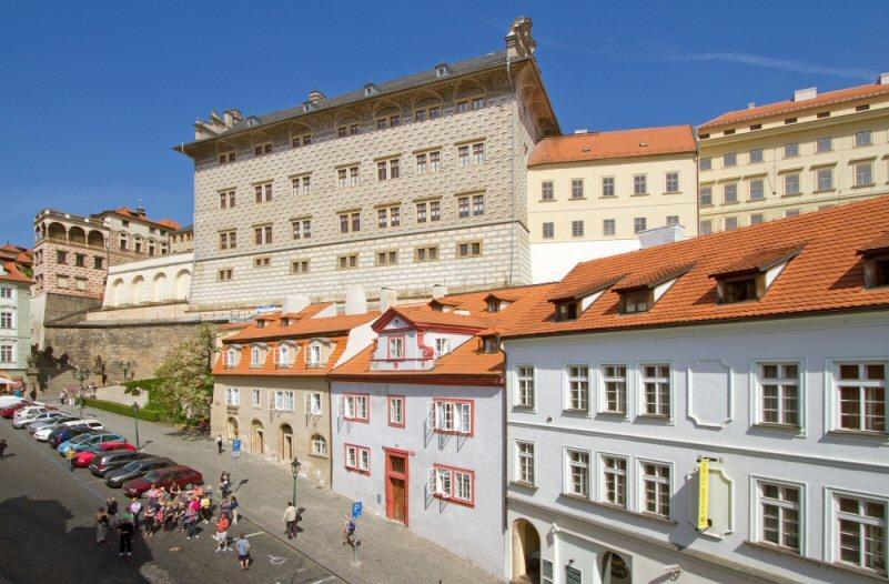 Hotelu Červený Lev Praha 8