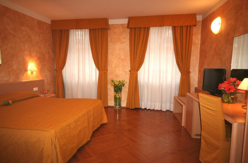Hotel Roma fotografie 3