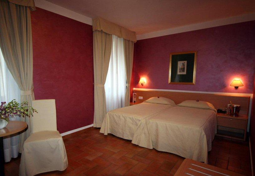 Hotel Roma photo 4