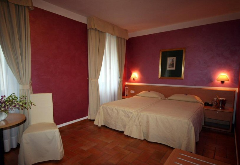 Hotel Roma fotografie 4