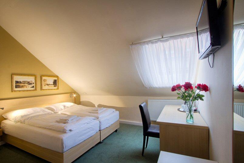 Hotel Taurus photo 4