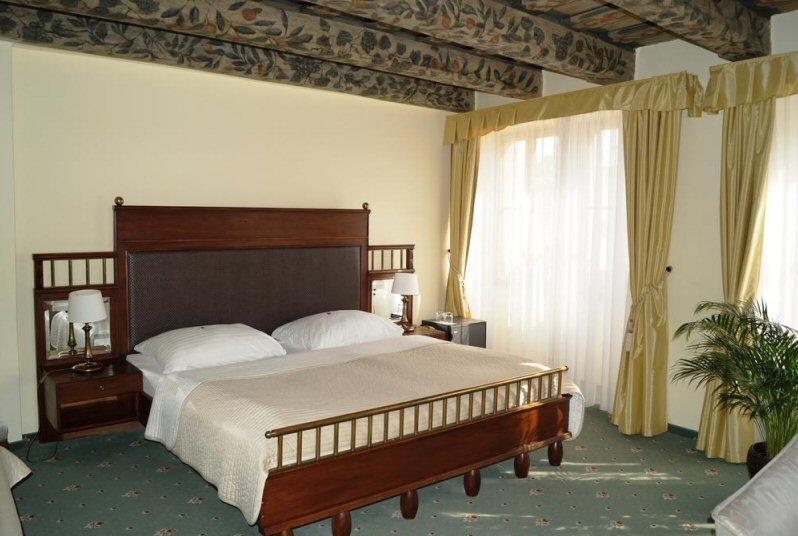 Hotel U Tri Pstrosu photo 2