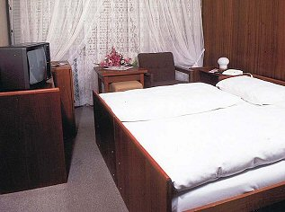 HOTEL VŠEMINA SLUŠOVICE