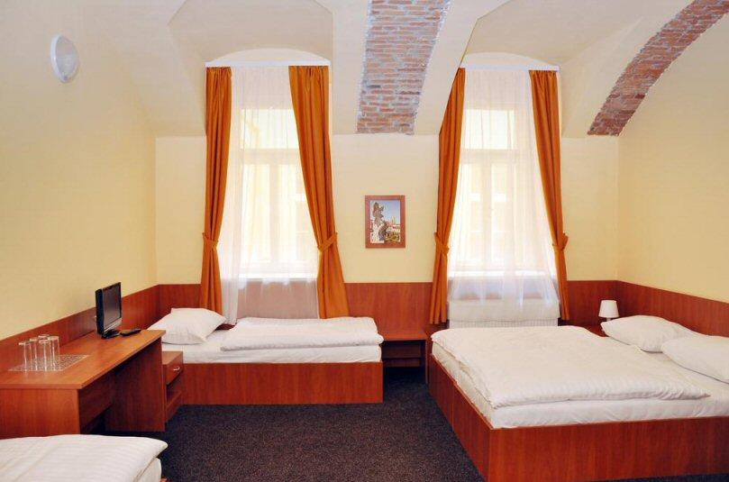 Hotelu Zlatá Váha Praha 8